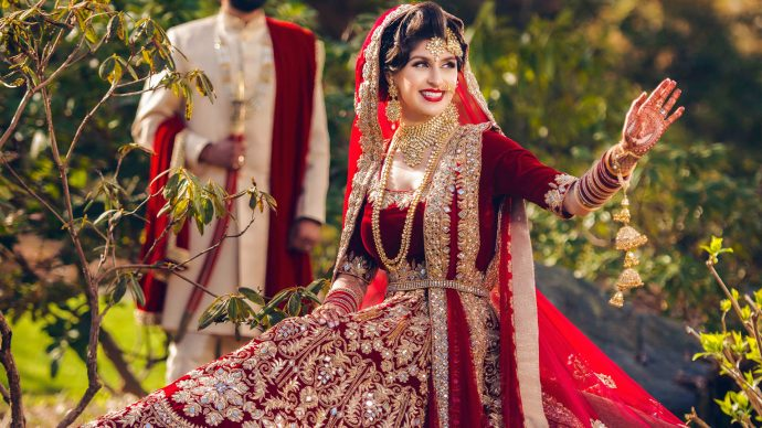 indian-bridal-pakistani-bride-hair-and-makeup-artist-vancouver-mindy-bansal-beauty-influencer-destination-weddings-girlfriendz-studio1