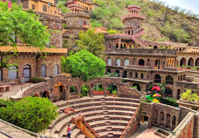 Neemrana Fort-Palace: A Regal Destination For Your Wedding
