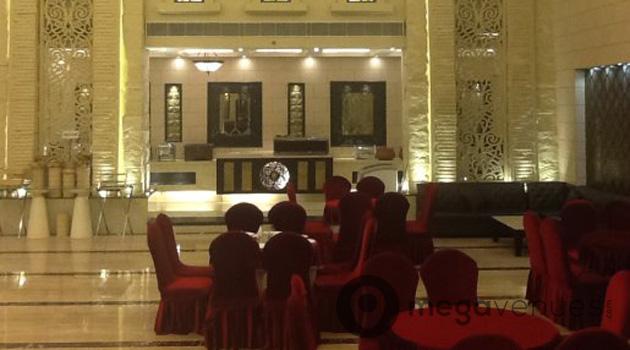 Grand Plaza Elegance