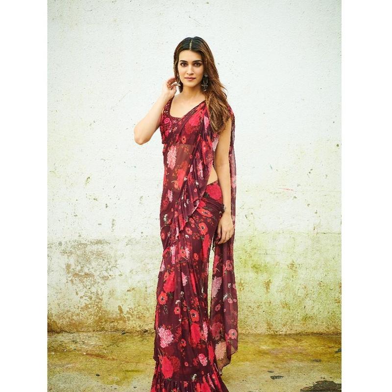 Kriti in sari